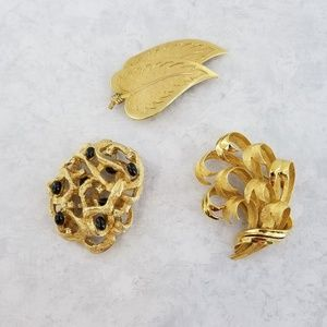 Large Gold Tone Lisner Coro Leaf Grass Brooch Lot